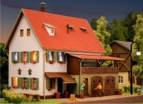 (Neu) Vollmer 43721 Bauernhaus mit Scheune, H0,