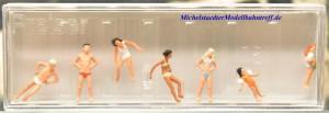(Neu) Preiser 10308 Kinder und Jugendliche im Schwimmbad,