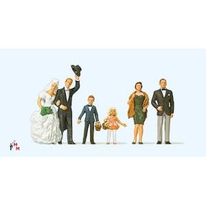 (Neu) Preiser 10339 Brautpaar mit Gästen,
