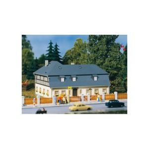 (Neu) Auhagen 11385 H0 Wohnhaus Mühlenweg 1,