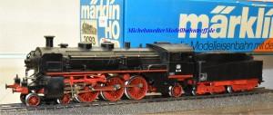 Märklin 3093.2 Dampflok BR 18.4 der DB, digital Dec. 6080, Rauchsatz, (22040)