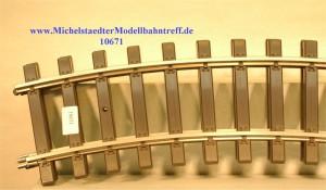 (Neu) Märklin 5922 gebogenes Gleis R 600mm 30°, (10671)