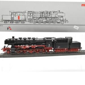 Märklin 37840 Dampflok BR 50 DB, mit Kabinentender, (23297)