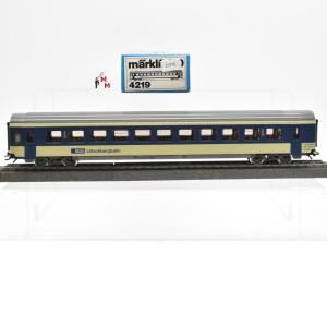 Märklin 4219.1 Schnellzugwagen 2.Kl. der BLS, (22270)