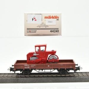 Märklin 44241 Niederbordwagen der DB mit Straßenwalze, (20661)