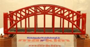 Märklin 467.2 Bogenbrücke, rot, 18 cm, (16577)