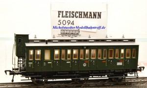 Fleischmann 5094  3-achsiger Abteilwagen der DRG, 3.Kl., (14976)