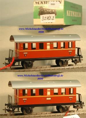 Märklin 327/2.2 Personenwagen, braunrot, 3.Kl., (8880)
