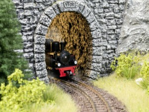 (Neu) Noch 58026 Tunnelportal Bruchsteinmauer H0, 1-gleisig,