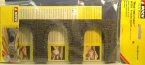 (Neu) Noch 58260 Bruchstein-Arkadenmauer, H0