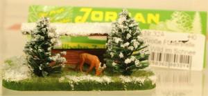 (Neu) Jordan Nr. 32A, Große Futterstelle mit Wild im Schnee, H0,
