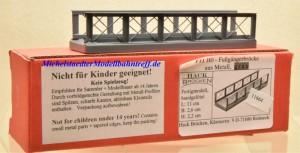 Hack F 11 H0-Fußgängerbrücke aus Metall, (11664)