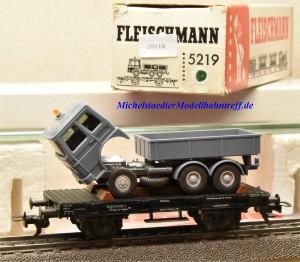 Fleischmann 5219 Flachwagen mit MAN-Kipper, DB, (20118)