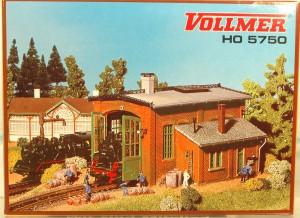 (Neu) Vollmer 5750 H0, Lokschuppen einständig,