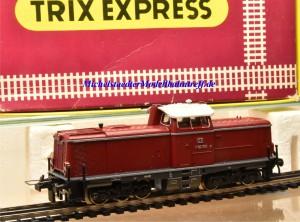 Trix Express 2266 Diesellok BR V100 der DB, (22158)