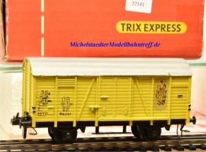 Trix Express (3)461 Gedeckten Güterwagen (Bananenwagen) der DB, Modell in Gussausführung, (22141)