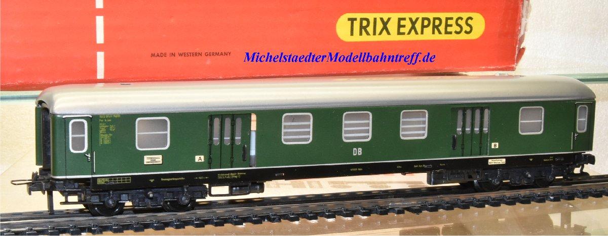 Trix Express 397 D-Zug-Packwagen der DB, (22126)