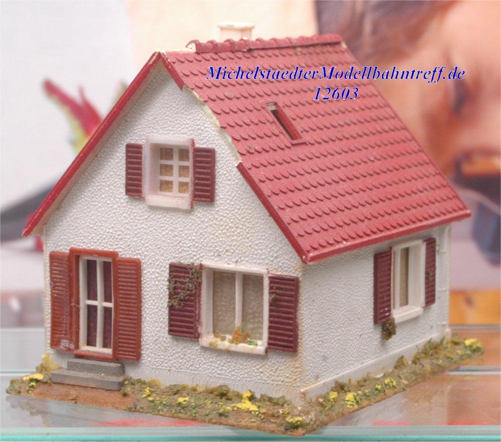 Wiad H0 1003 Fertigmodell Einfamilienhaus, (12603)